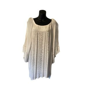 WHITE BOHO STYLE TOP IN CRINKLE MATERIAL SZ 3X
